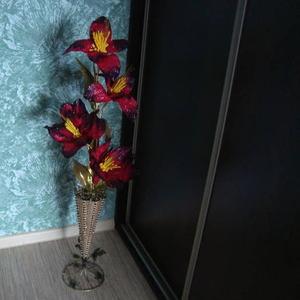 НОВЫЕ ваза плетеная высотой 50 см_35 000руб  веточка цветка_15 000руб.