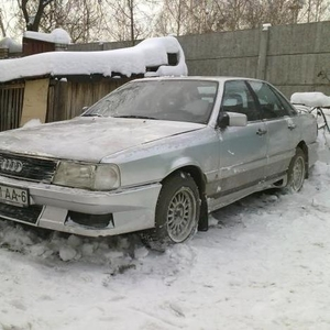 Продам АУДИ 200 1985г СЕРЕБ. МЕТ.