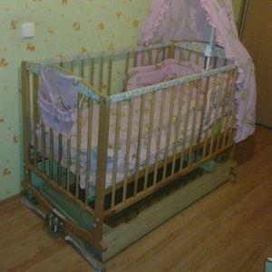 Продаётся кроватка б.у