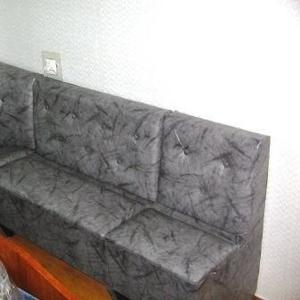 Продам кухонный угловой диван