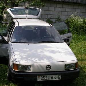 ПРОДАМ ДИЗЕЛЬ Volkswagen Passat b3 1990 г.в.