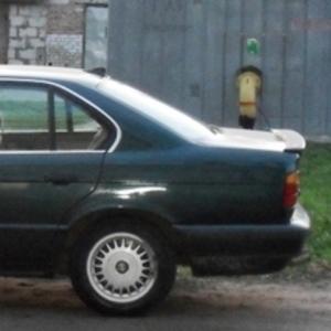 Продам автомобиль БМВ 520I, М50